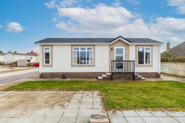 1 bed mobile/park home for sale in Pine Crescent, Newholme Park, Blackpool, Lancashire FY3