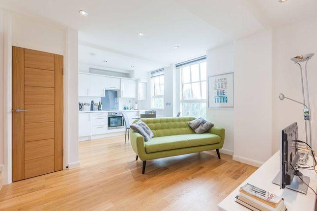 Thumbnail Flat to rent in Wilmot Street, Bethnal Green, London