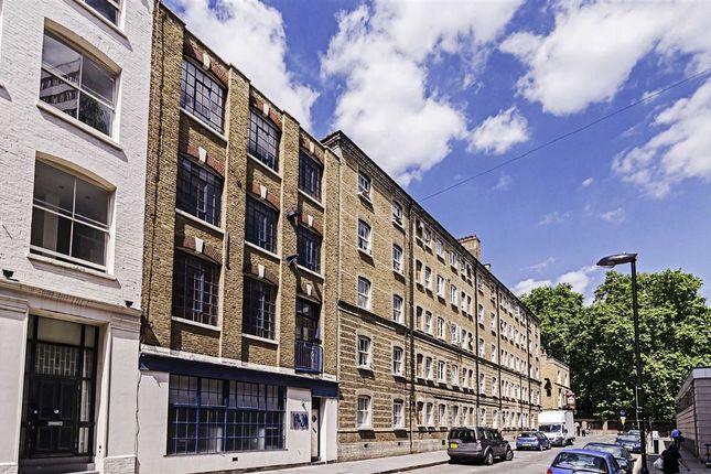 1 bed flat to rent in Peabody Estate, Dufferin Street, London