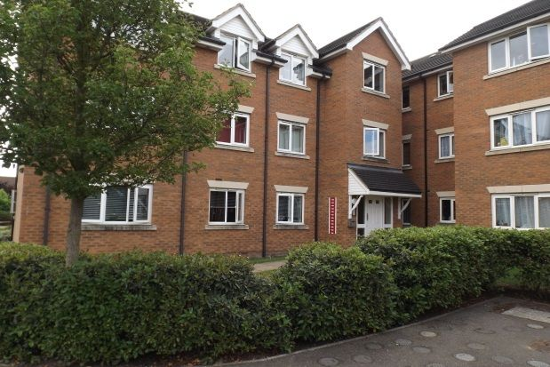 2 bed flat to rent in Fellowes Road, Peterborough