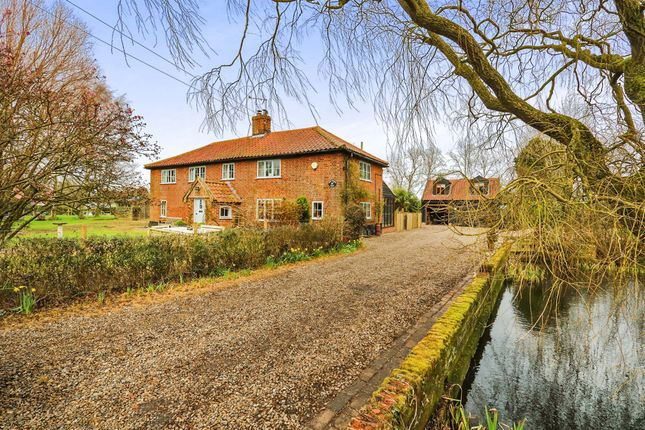 Thumbnail Detached house for sale in New Road, Rumburgh, Halesworth