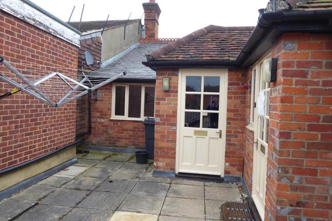 1 bed flat to rent in High Street, Marlow