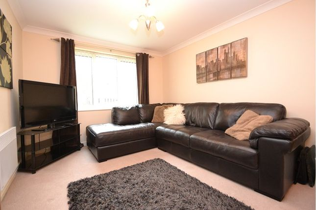 Thumbnail Flat to rent in New Village Way, Churwell, Leeds