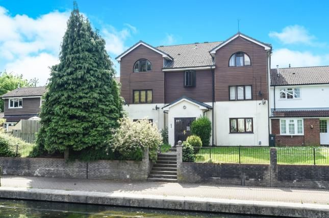 Thumbnail Flat for sale in Kirkby Court, Craiglee Drive, Cardiff Bay, Cardiff