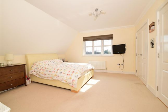 Bedroom 2 of Hart Lane, Harvel, Meopham, Kent DA13
