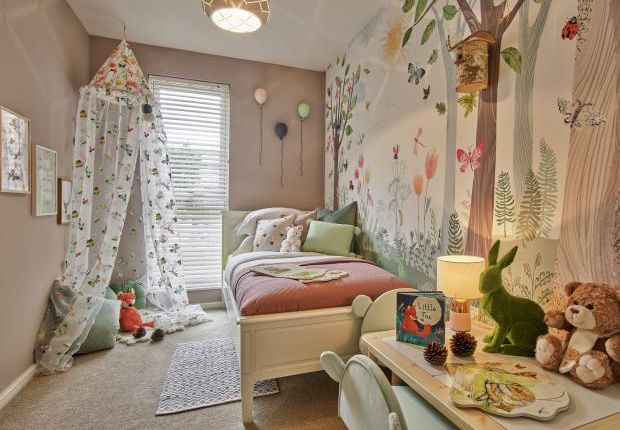 Typical Bedroom of The Willow, Avenue Road, Oakwood N14