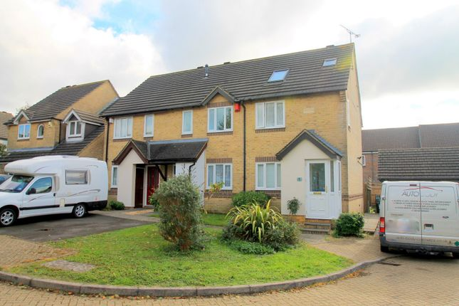 Thumbnail Property to rent in Montague Drive, Caterham
