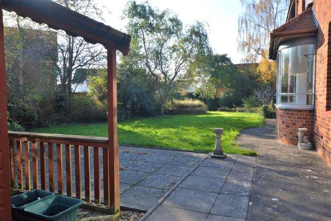 Garden of Shortlands Lane, Cullompton, Devon EX15