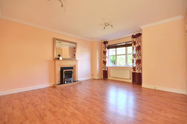 Thumbnail Detached house to rent in Elliott Avenue, Eastcote, Middlesex