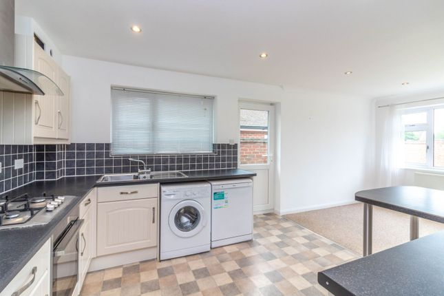 Kitchen of White Lodge Close, Tilehurst, Reading RG31