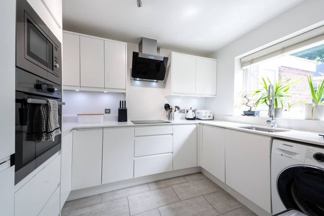 Thumbnail Flat for sale in Dulwich Wood Avenue, Gipsy Hill, London