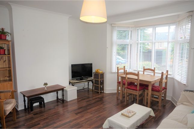Thumbnail Flat for sale in Berry Close, Winchmore Hill