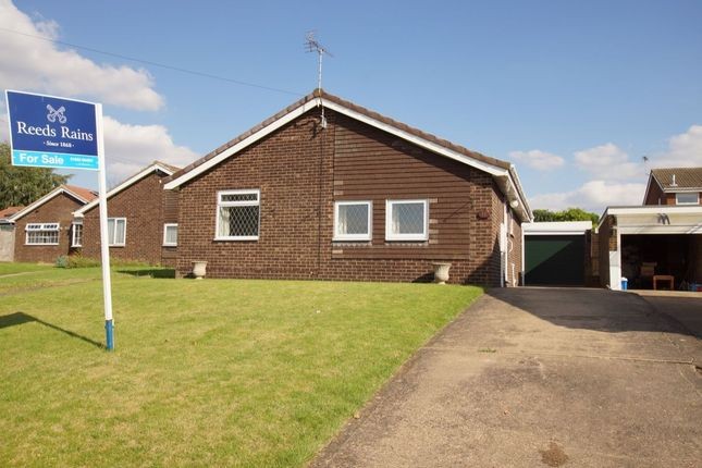 Thumbnail Bungalow for sale in Kettleby View, Brigg