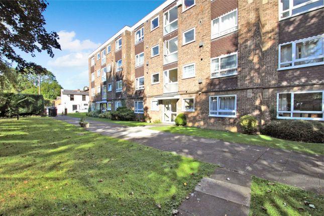 2 bed flat for sale in Hillingdon Road, Uxbridge UB10