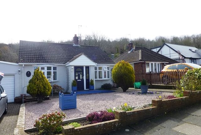2 bed bungalow to rent in Deanwood Road, River
