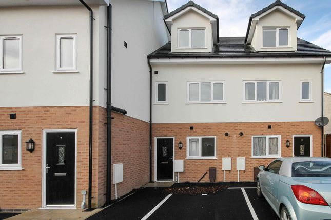 Thumbnail Town house to rent in Moorcroft Gardens, Eldon Street, Bolton, Greater Manchester