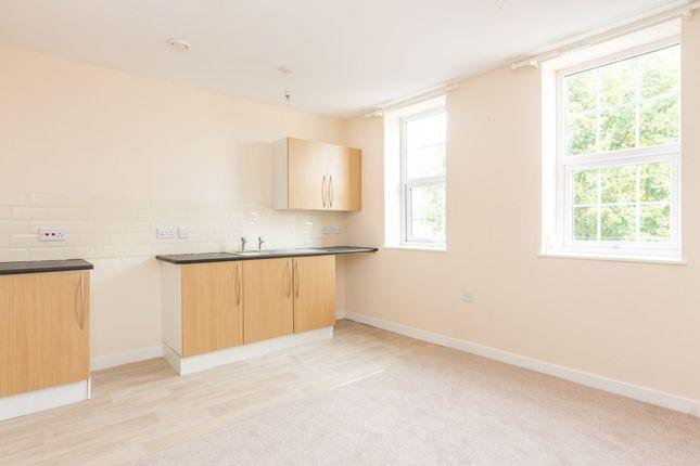 Thumbnail Flat for sale in Wellingborough Road, Rushden