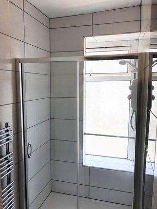 Bathroom of Norfolk Street, Swansea SA1