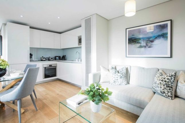 Thumbnail Flat to rent in Merchant Square East, London