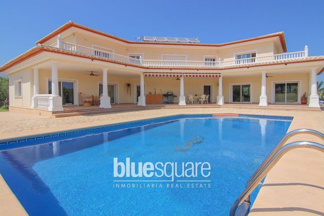 Property for sale in Pedreguer, Valencia, 03724, Spain