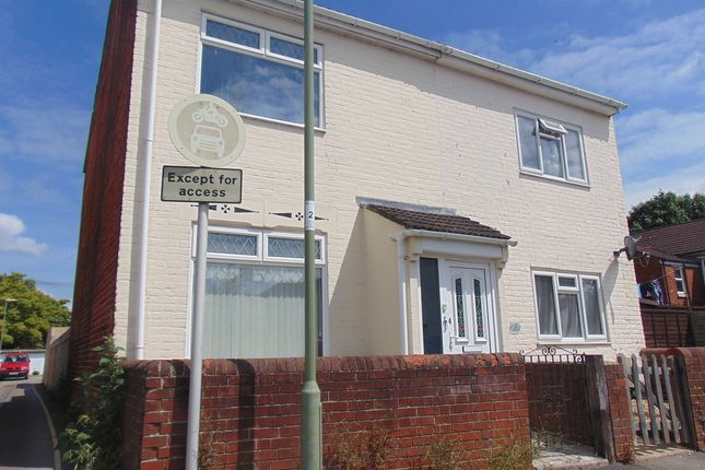Thumbnail Detached house to rent in Cherbourg Road, Eastleigh, Southampton