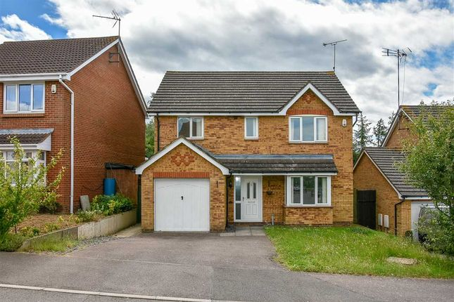 Thumbnail Detached house to rent in Moreton Avenue, Wellingborough