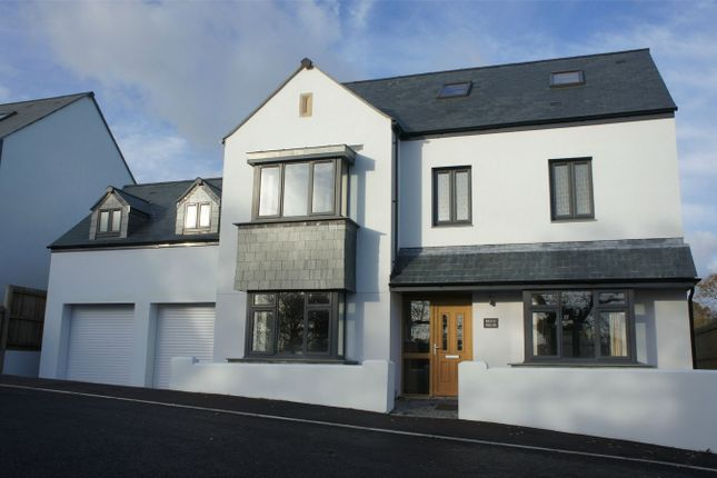 Thumbnail Detached house to rent in Elgin Close, Mawnan Smith, Falmouth