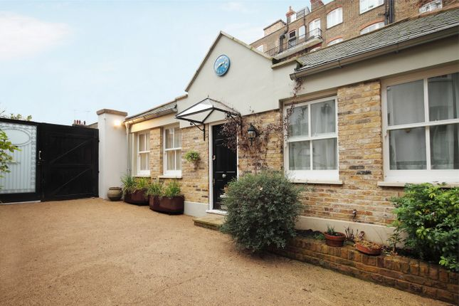 Thumbnail Detached bungalow to rent in Addison Bridge Place, London