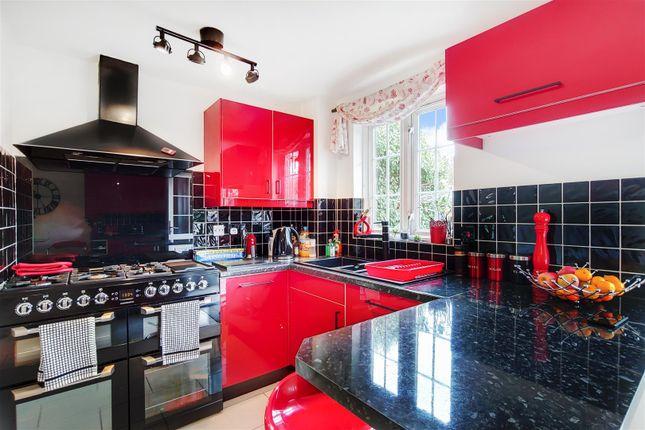 4_Kitchen-2 of Robeson Way, Borehamwood WD6