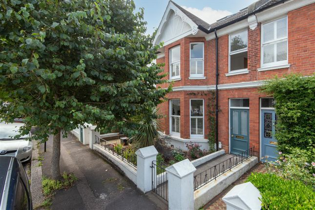 Thumbnail Property to rent in Hartington Villas, Hove