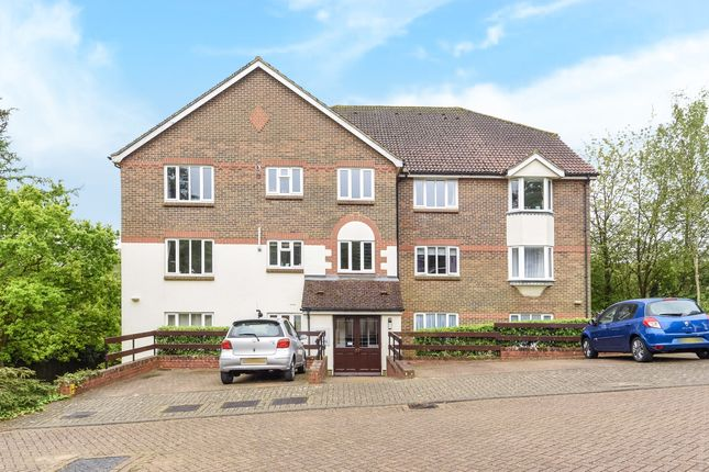 Thumbnail Flat to rent in Bronte Court, St. Annes Rise, Redhill, Surrey