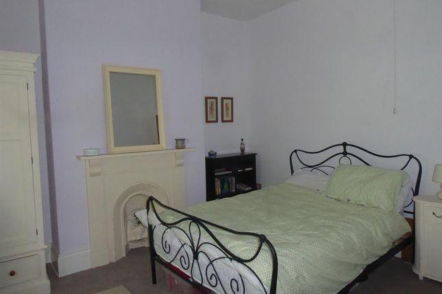 Bedroom Two of Princes Avenue, Grimsby DN31