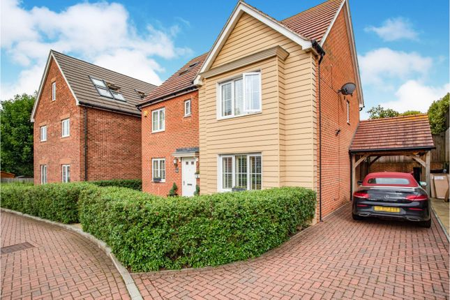 Thumbnail Detached house for sale in Bradbrook Drive, Longfield
