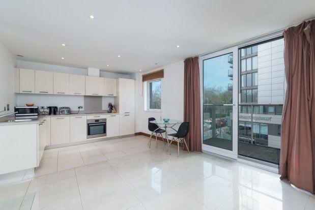 Thumbnail Property to rent in Chelsea Bridge Wharf, Queenstown Road, Battersea