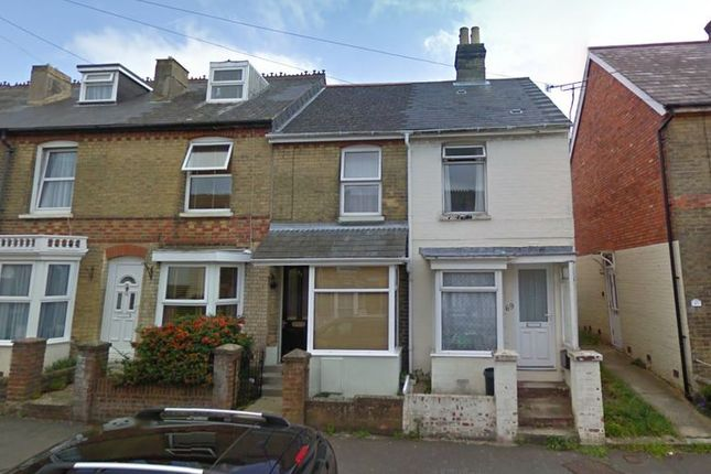 Thumbnail Property to rent in Kings Road, East Cowes