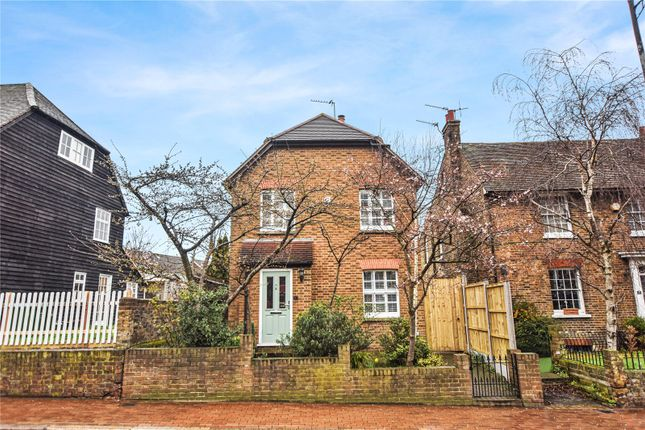 Thumbnail Property for sale in Bexley High Street, Bexley Village, Kent