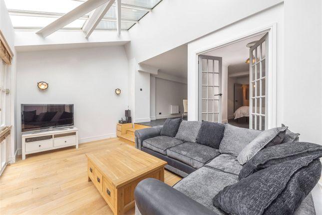 Picture No. 12 of Plate House, 3 Burrells Wharf Square, London E14