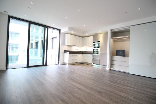 Thumbnail Studio to rent in Catalina House, Goodman Fields, Canter Way, London