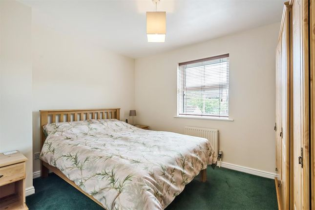 Master Bedroom of Halifax Close, Full Sutton, York YO41