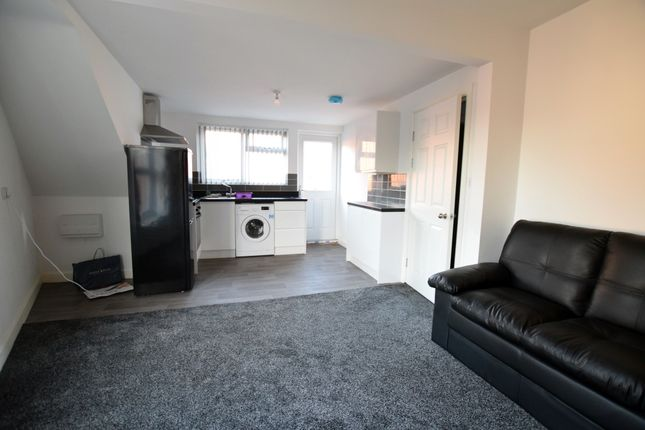 Thumbnail Flat to rent in Chesterfield Road, Sheffield, South Yorkshire