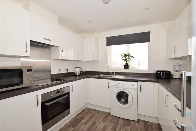 Thumbnail Flat for sale in Beauchamp Drive, Newport, Isle Of Wight