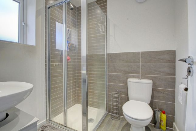 En Suite of Lord Close, Middlesbrough TS5