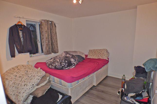 Bedroom of Cockfosters Road, Cockfosters EN4