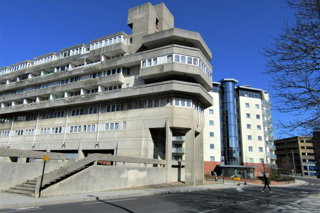Flat for sale in Commercial Road, Southampton