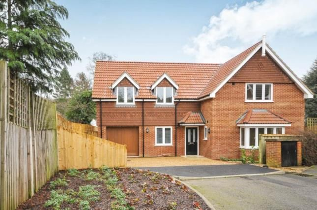Thumbnail Detached house for sale in Seymour House, Mapleleaf Close, South Croydon