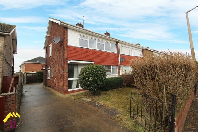 3 bed semi-detached house to rent in Palm Avenue, Armthorpe, Doncaster DN3