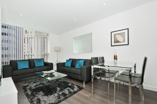 Thumbnail Flat to rent in Tennyson Apartments, Saffron Central Square, Croydon