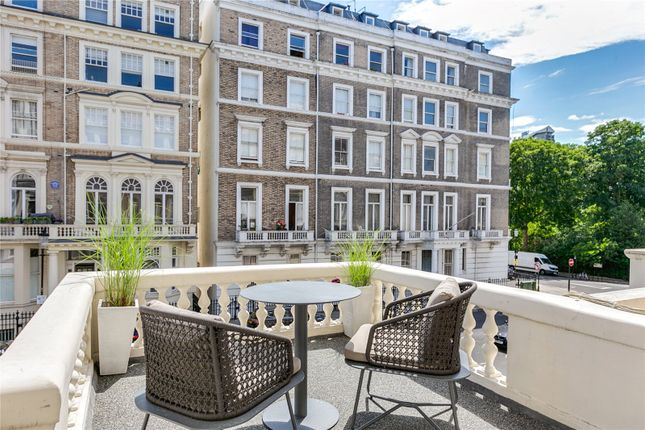 Picture No. 30 of Queen's Gate Place, London SW7