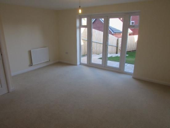 Thumbnail Town house to rent in Welford Close, St. Helens
