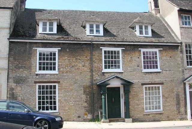 Thumbnail Flat to rent in High Street, St Martins, Stamford, Lincolnshire